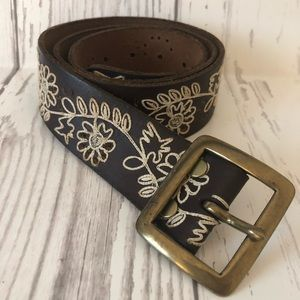 Lucky Brand brown boho embroidered leather belt
